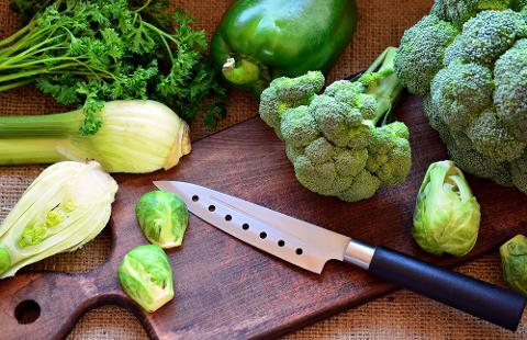 Mastering Knife Skills: Sat, Sept 2; 12-3pm; Chef Mat (Shattuck Ave)