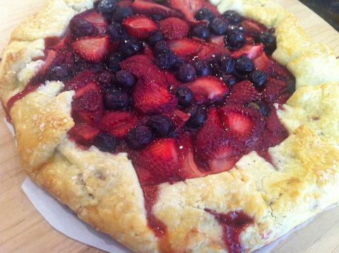 Easy as Pie - Crostatas and Southern Hand Pies; Sun, July 9; 11am-2pm; Chef Chrysta (Shattuck Ave)