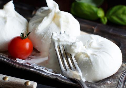 Mozzarella and Burrata Workshop: Sat, Oct 14; 12pm-3pm; Chef Maria Capdevielle (Shattuck Ave)