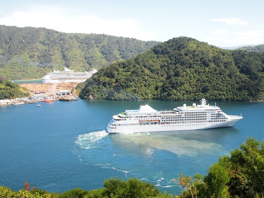 Private Shore Excursion: Explore Marlborough Wines and Gourmet from Picton
