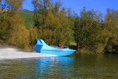 Private Jet Boat Thrills and Seafood Lunch in Marlborough