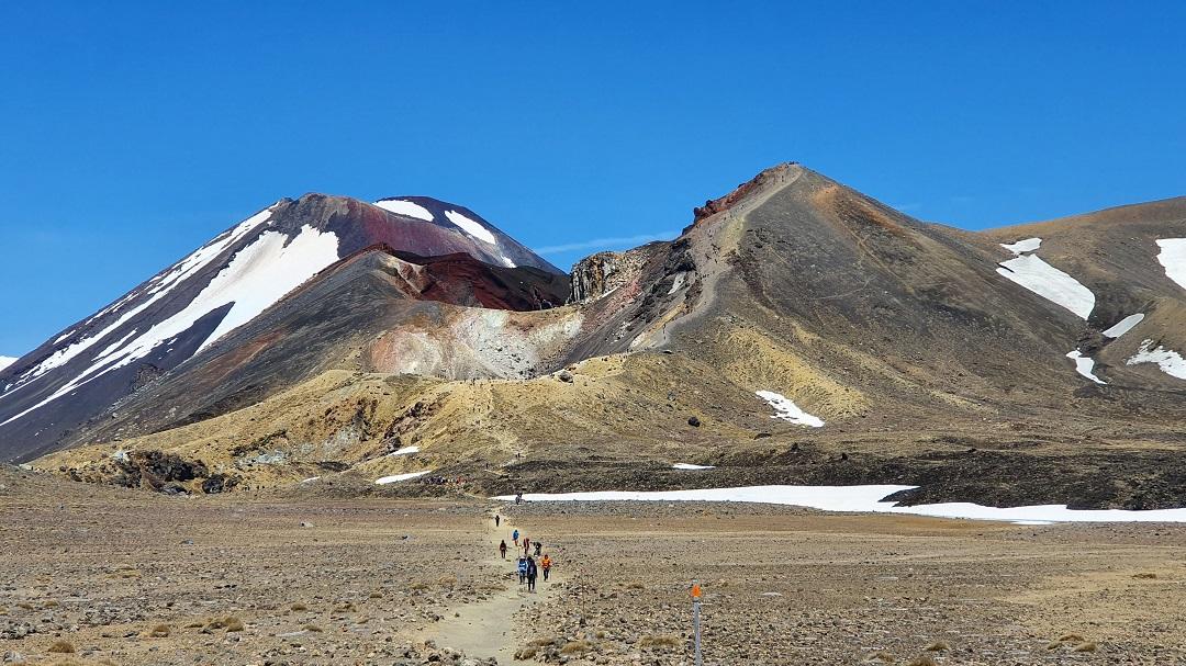 3 Day Tongariro Northern Circuit - Hut to Hut Great Walk
