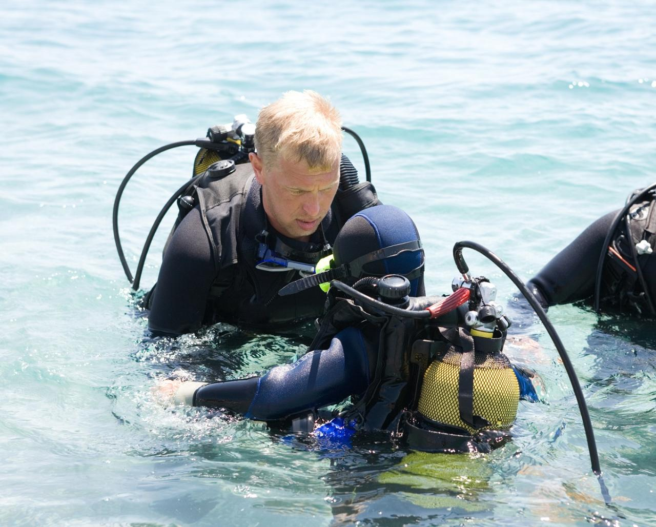 PADI Rescue Diver Course + Double Boat Dive