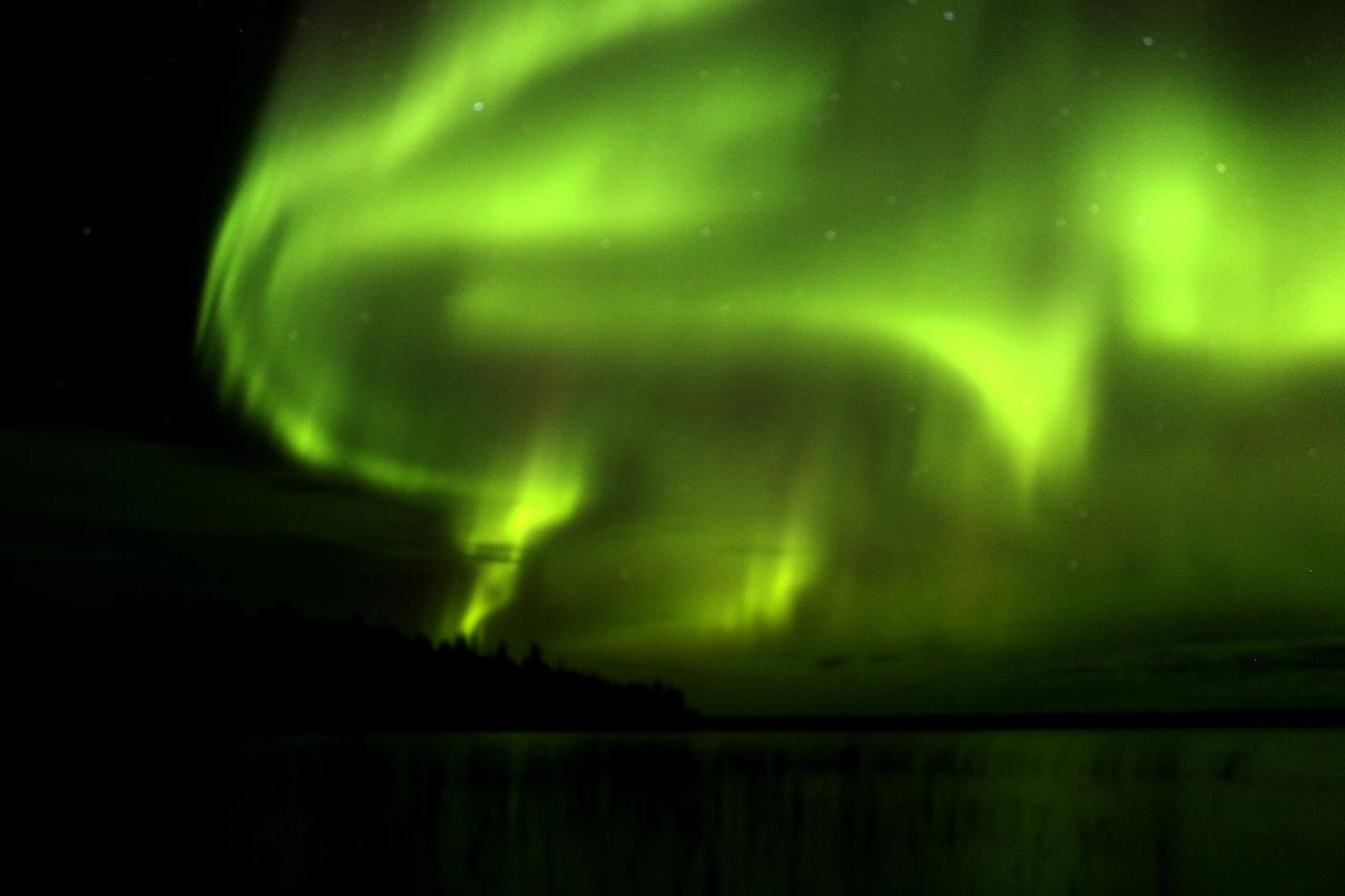 3 Days 2 Nights Yellowknife Aurora Hunting Package Including Accommodation