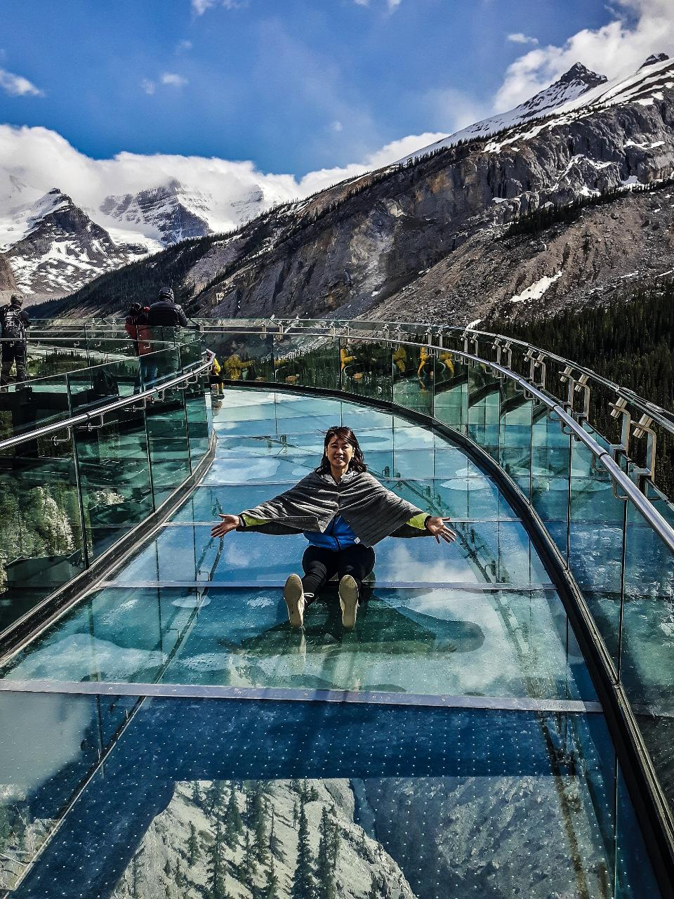 5 Days 4 Nights Canmore - Banff - Jasper Experience Including Accommodation