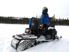 YELLOWKNIFE SNOWMOBILE RENTALS