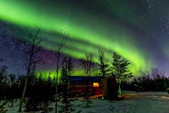 Yellowknife 2 Nights Aurora Viewing and Hunting Experience