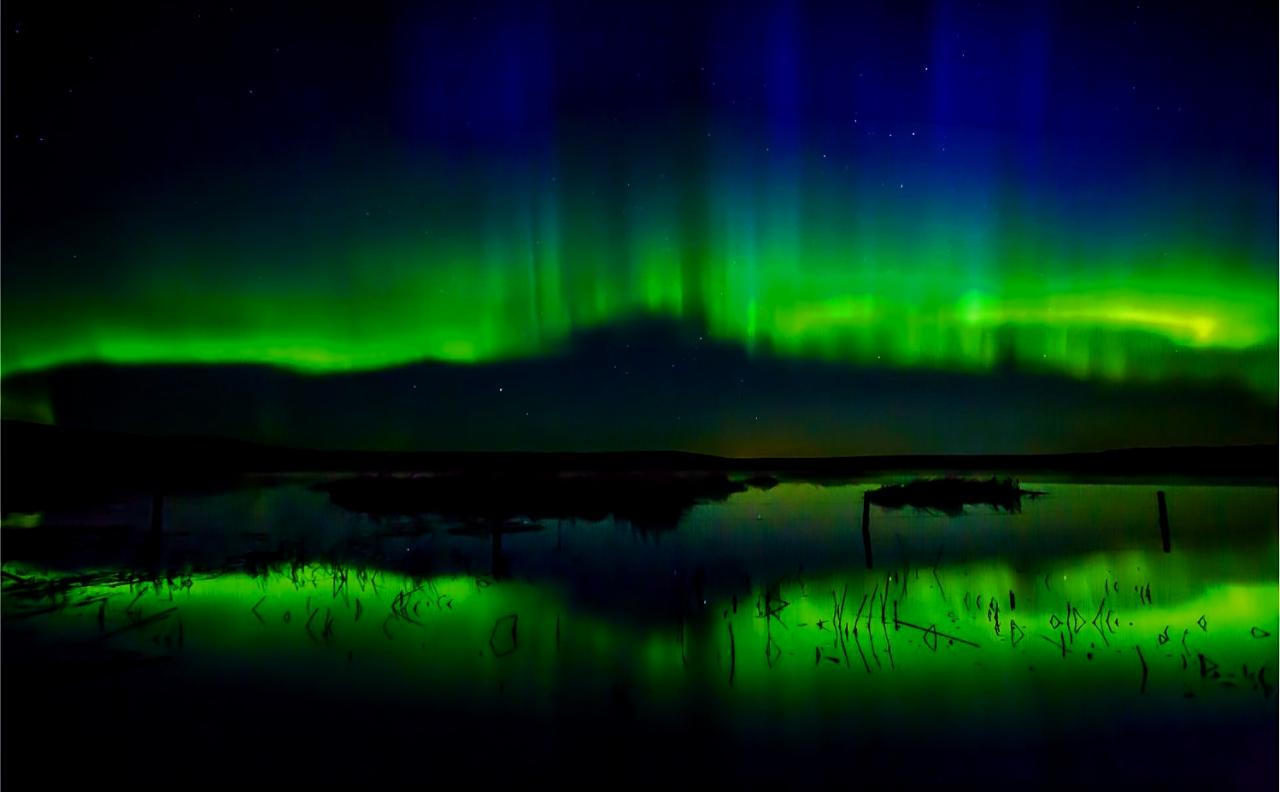 4 Days 3 Nights Yellowknife Fall Season Aurora Package Including Hotel Accommodation Breakfast And Day Tours