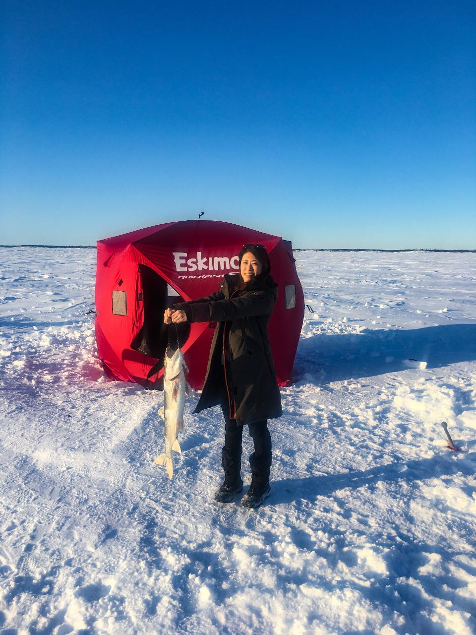GREAT SLAVE LAKE ICE FISHING TOUR