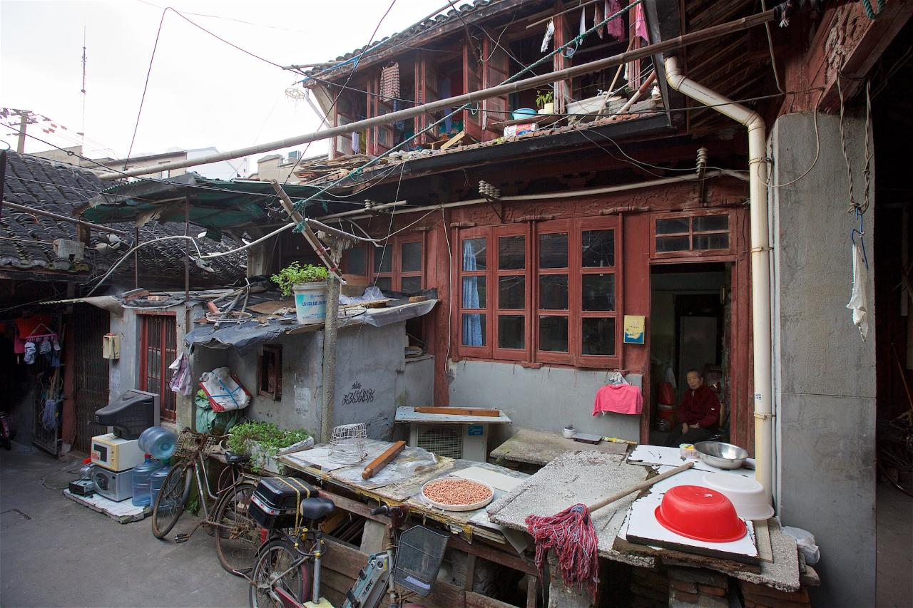 """Expert Walking Tour """"Forgotten houses of the Old Town"""" - Private"""