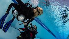Hayman Island - Free Try Dive in Resort Pool Demonstration