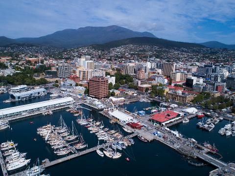 Private Hobart City Sights Half Day 4 – 7 Passengers Tasmania Australia