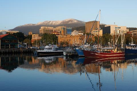Private Mt Wellington, Tasmanian Devils, Richmond Day Tour from Hobart 2 – 6 Passengers. Entry Fees Included Tasmania Australia