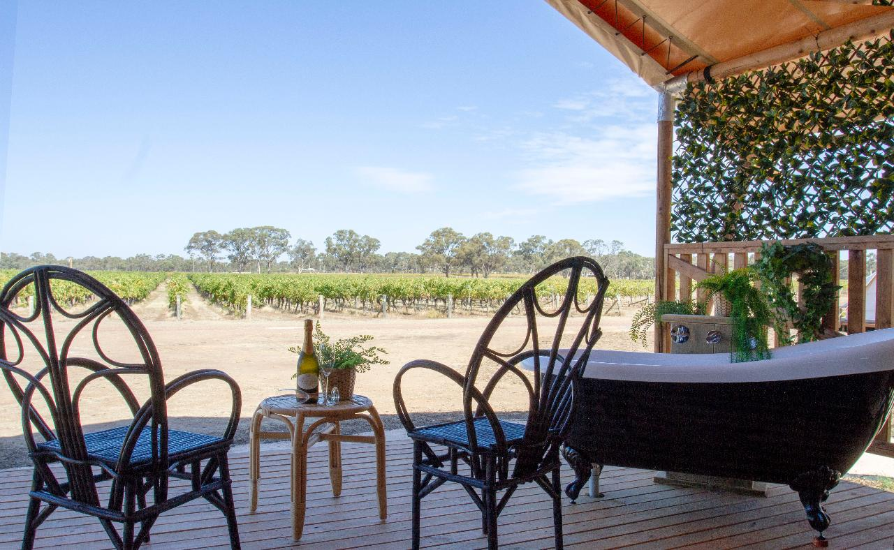 4 Night Balgownie Winery Estate & Cruise Package - 2 Adults Sharing