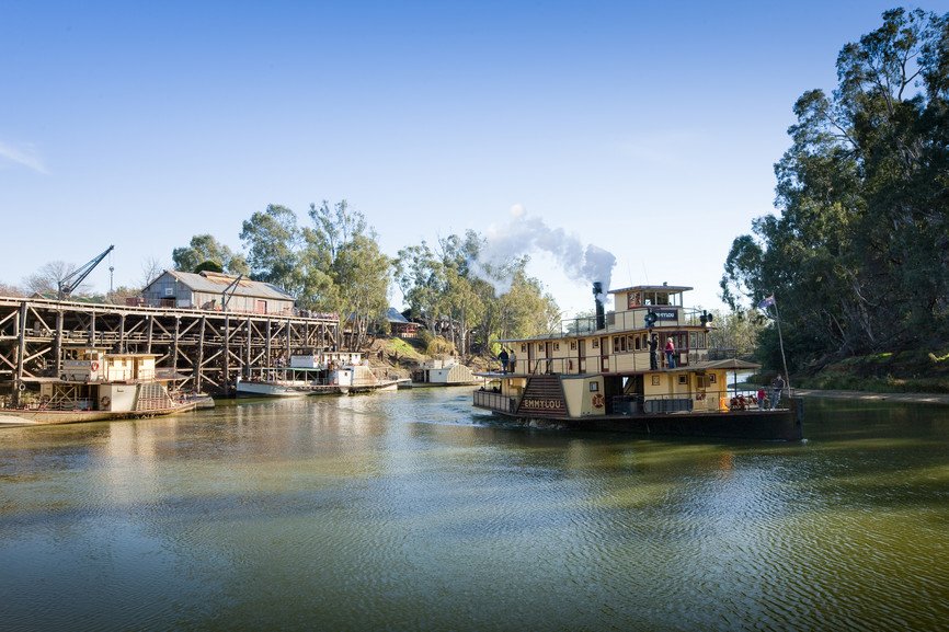 PS Emmylou 2 Hour Murray River Sightseeing Cruise