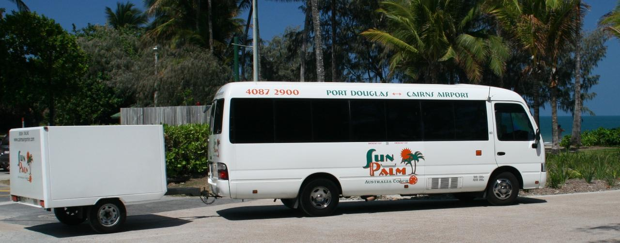 Cairns Airport to Port Douglas Shuttle Bus