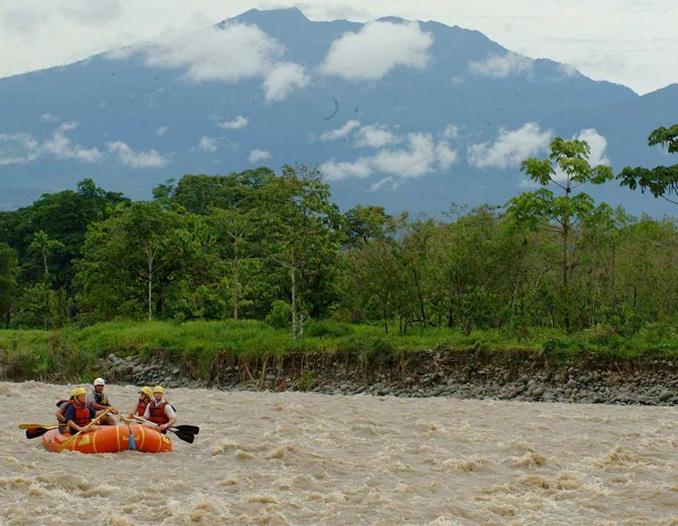 Reventazon White Water Rafting Class 2-3 San jose to Congo Bongo Eco Lodges