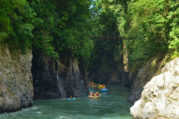 Pacuare River Rafting: San Jose to Congo Bongo Ecolodges Manzanillo