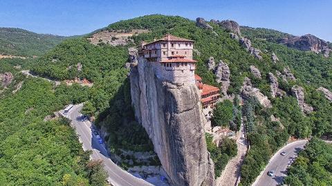 Panoramic Meteora and all Monasteries Tour