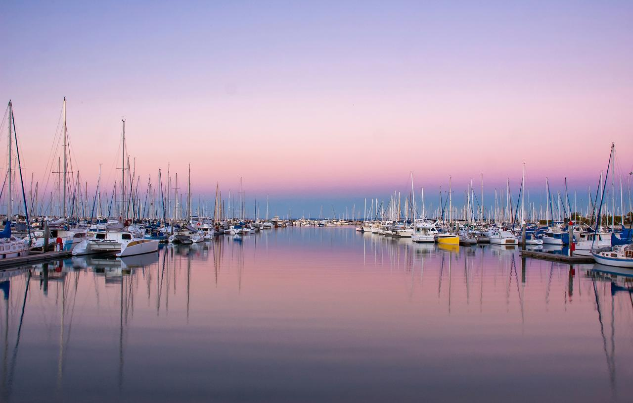 Brisbane River - Moreton Bay Islands & Gold Coast Cruising