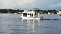 Private Premium Houseboat Manatee Tour - The Manatee Exclusive (4hr Heated) - Crystal River