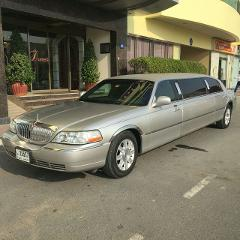 Lincoln 6 Pax Stretch Limo - DXB - AUH