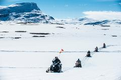 Snowmobile Mountain Tour to Sweden's highest located mountain lodge, Låktatjåkko  (3635-620)