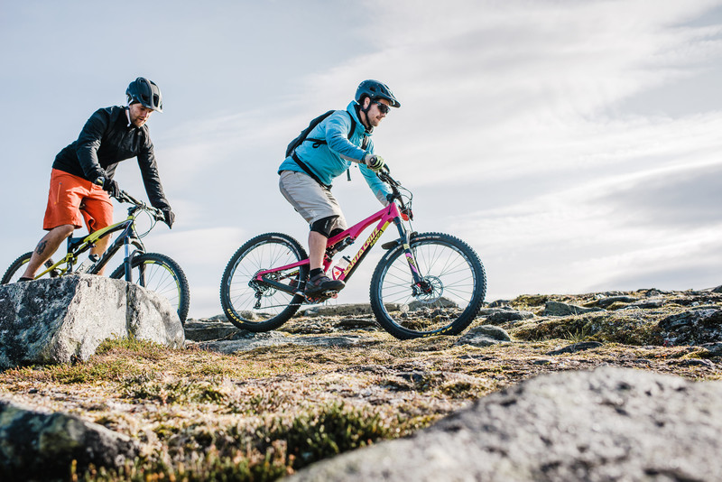 Guidad E-mountainbike tur  // Guided electronic mouintain bike tour