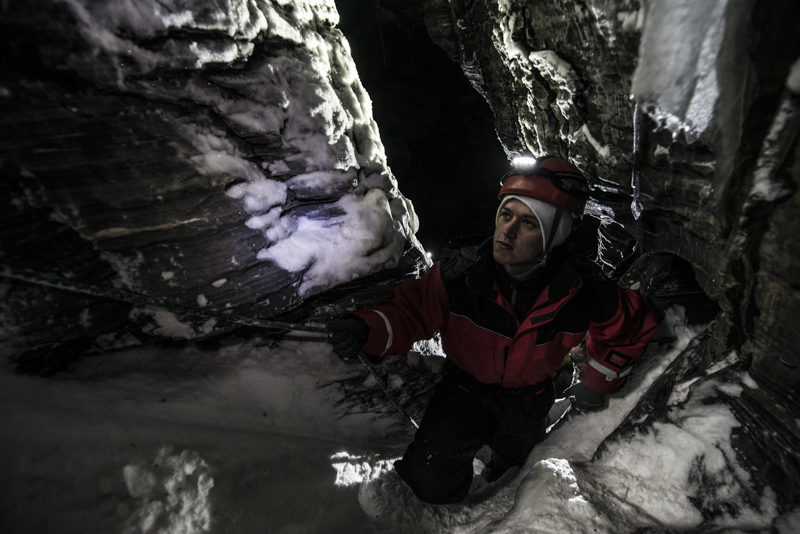 Grottäventyr/Cave tour (3643-620)