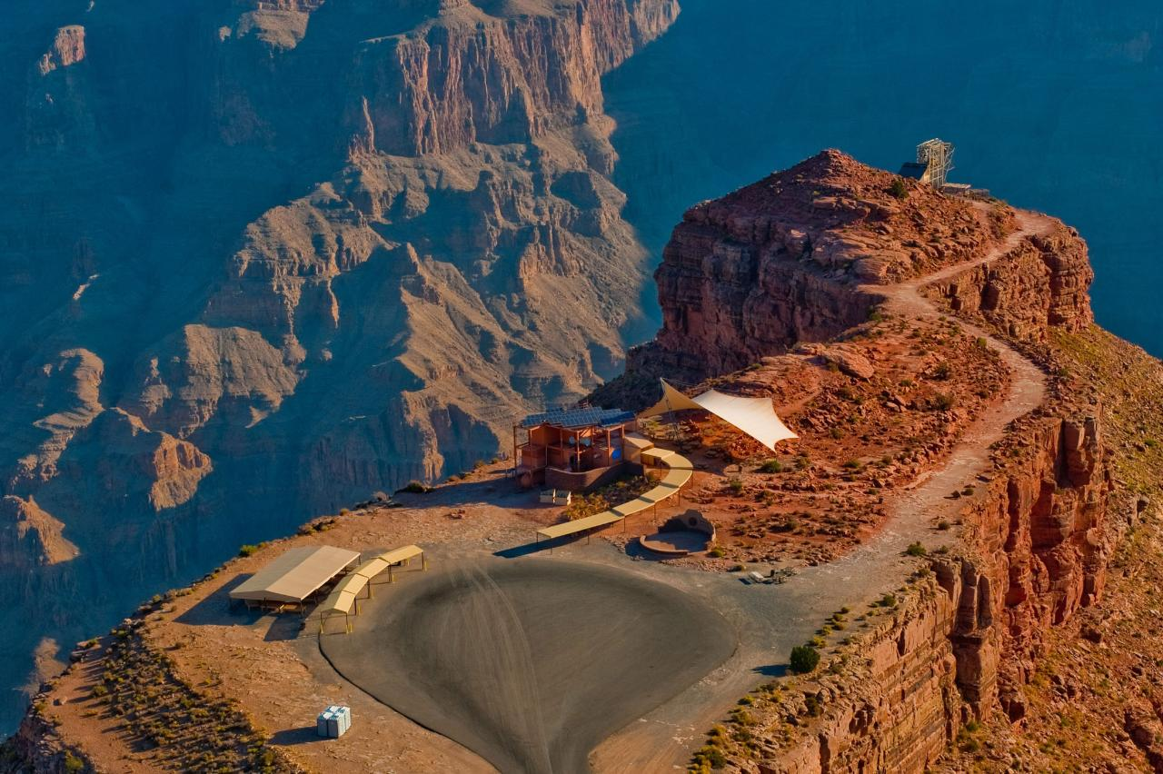Grand Canyon West Luxury Bus Tour With Skywalk Ticket photo 2