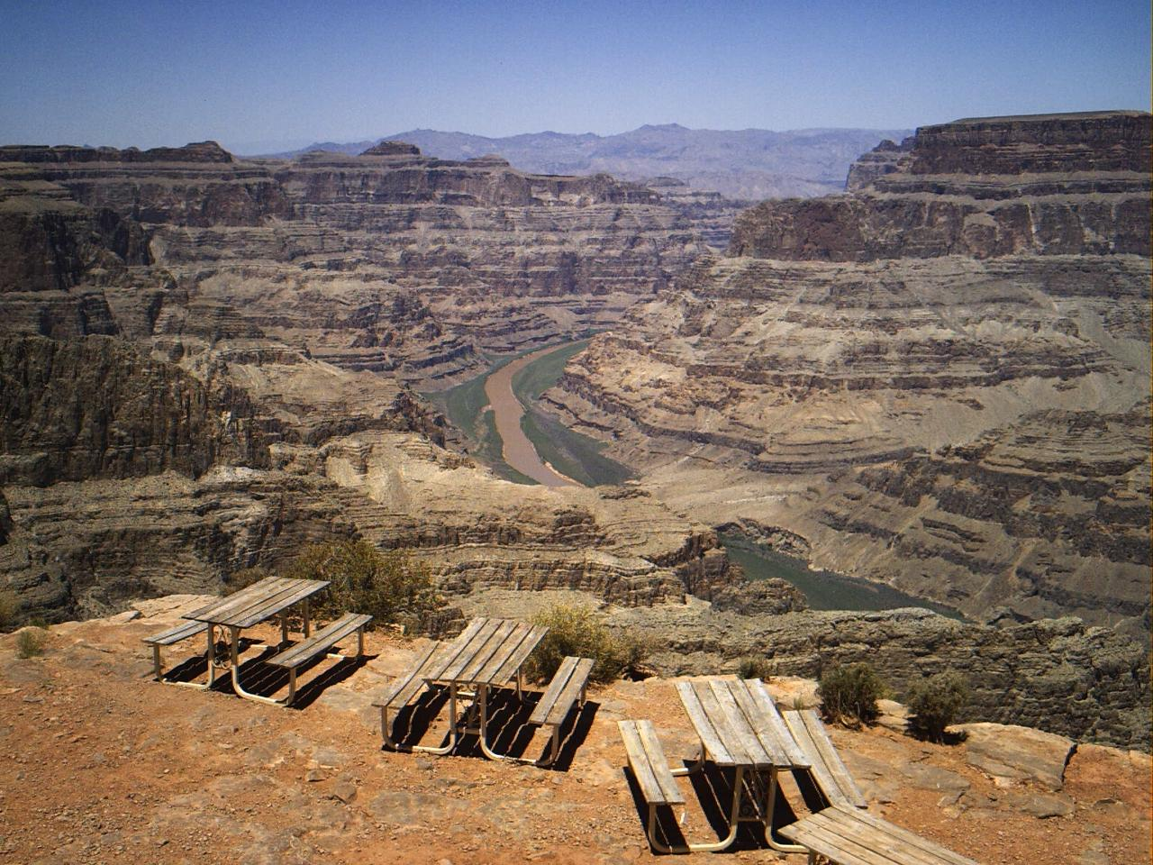 Grand Canyon West Luxury Bus Tour With Walking Guide photo 7