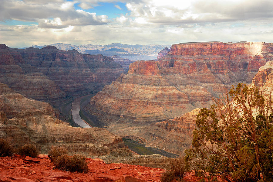 Grand Canyon West Luxury Bus Tour With Walking Guide photo 1