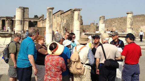 # 004 From Naples to Sorrento/Amalfi Coast/Pompeii (69 Euro)