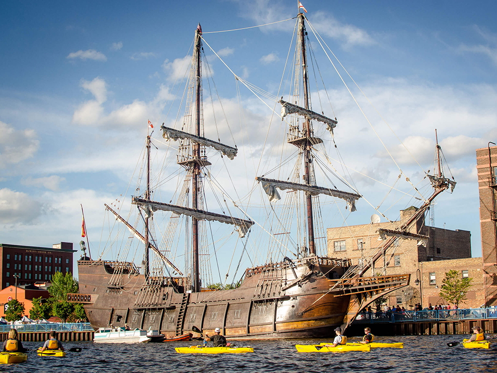 Duluth Tall Ships Kayak Experience