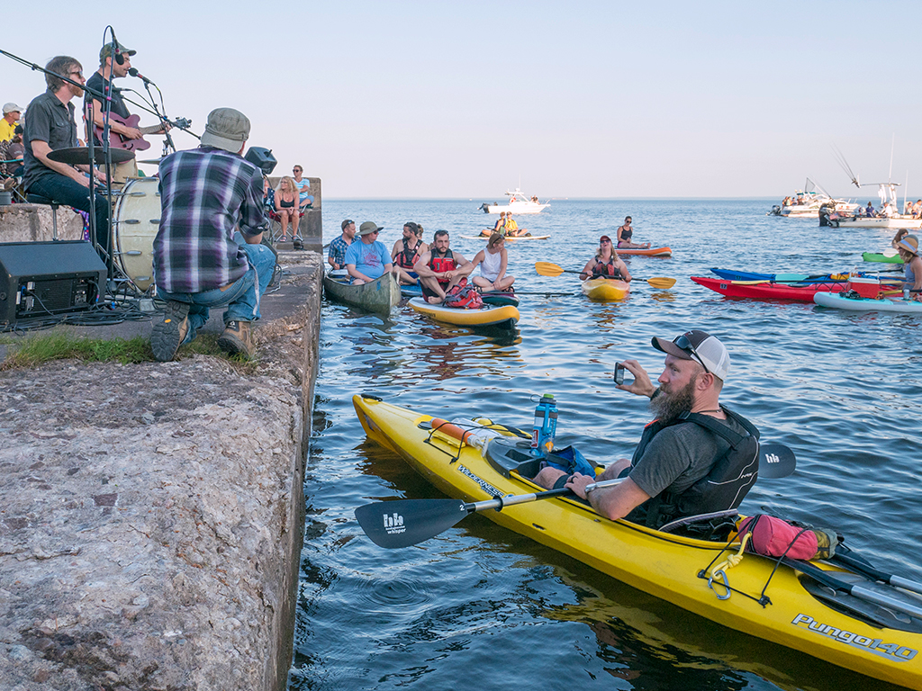 Glensheen Concert & Kayaking Experience