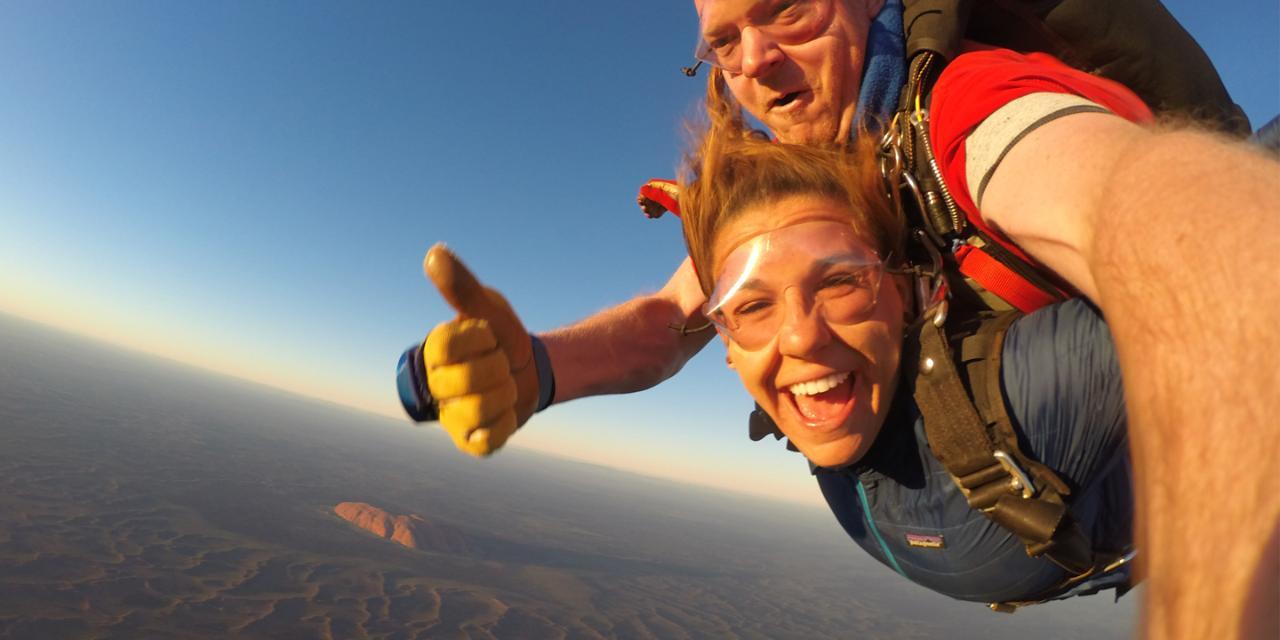 Uluru (Ayers Rock) Tandem Skydive  10,000 feet