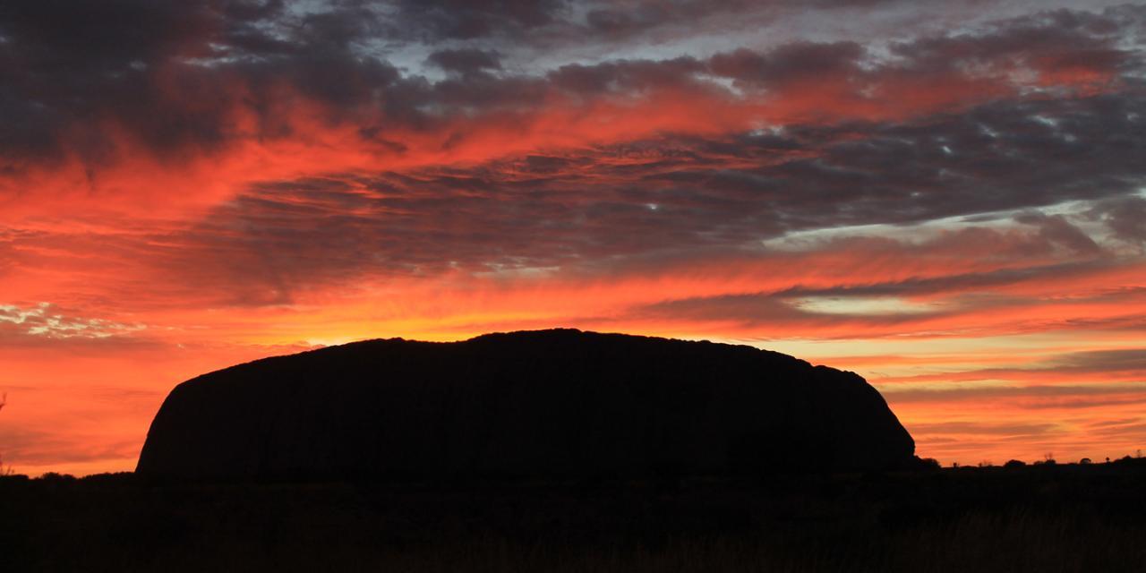 1 Day Ayers Rock (Uluru) & Olgas (Kata Tjuta)