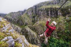 Cape Canopy Tour: Half Day Zipline and 4x4 Adventure