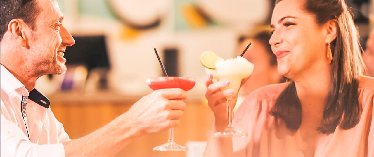 Cocktail Tasting & Trivia ($)