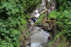 Canyoning & Rappelling Arenal