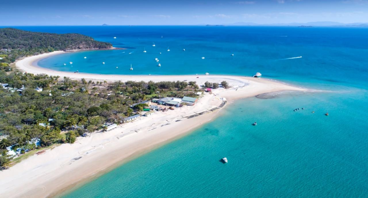 Transfer departing Great Keppel Island to Keppel Bay Marina