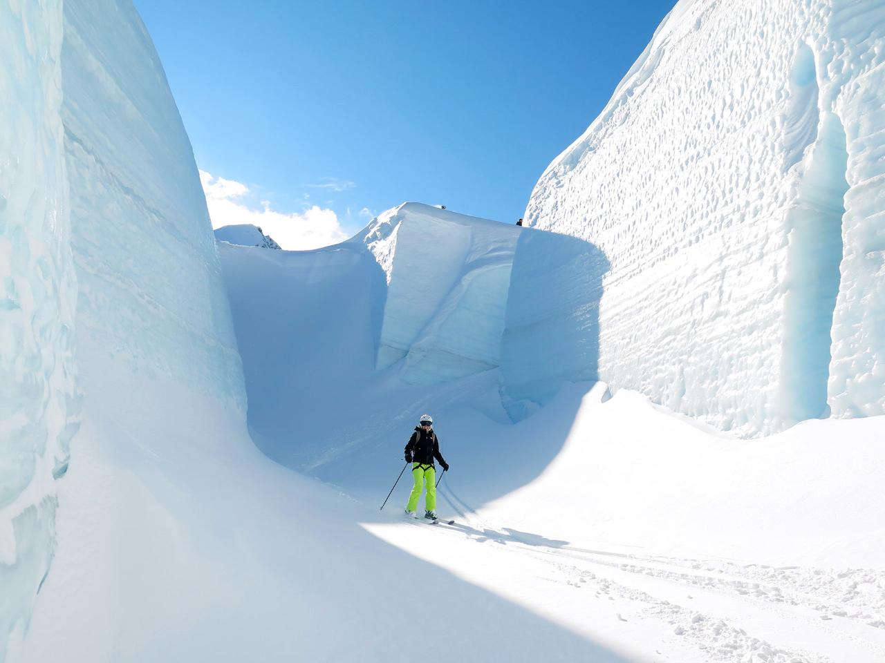Ski the Tasman Glacier