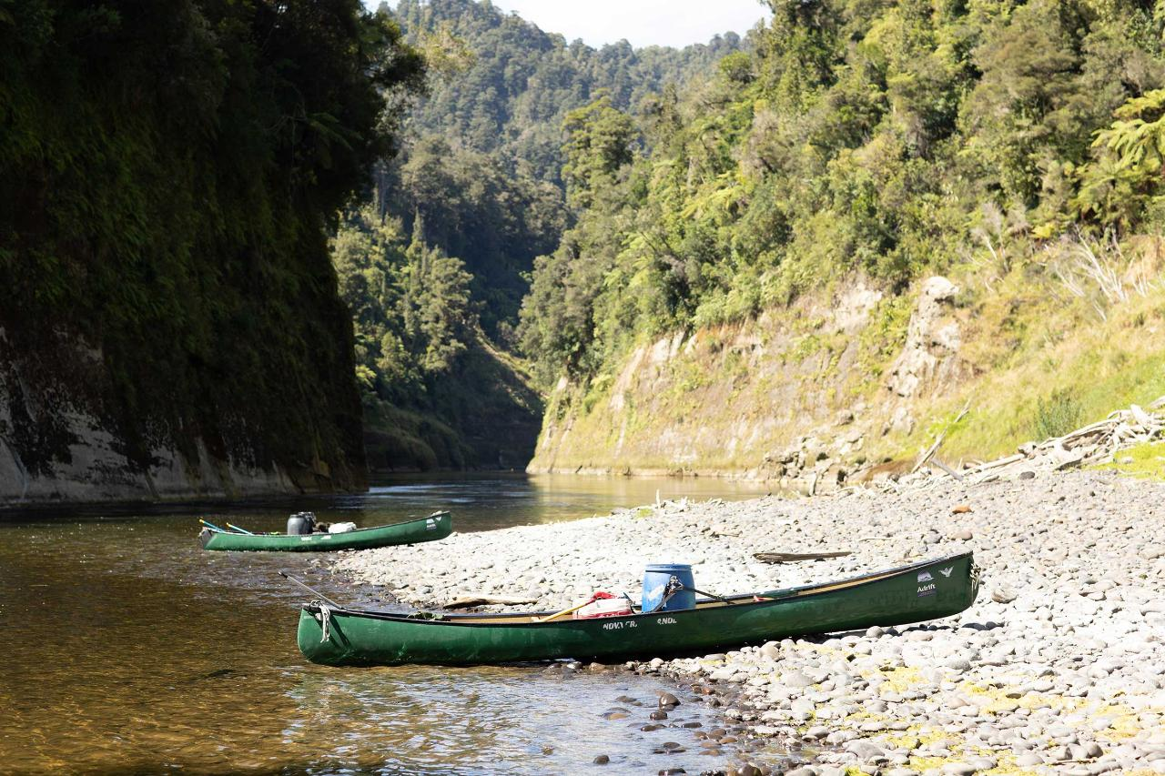 STAY AND PLAY - MULTI DAY WHANGANUI 4th family member stays free at Alpine Chalets