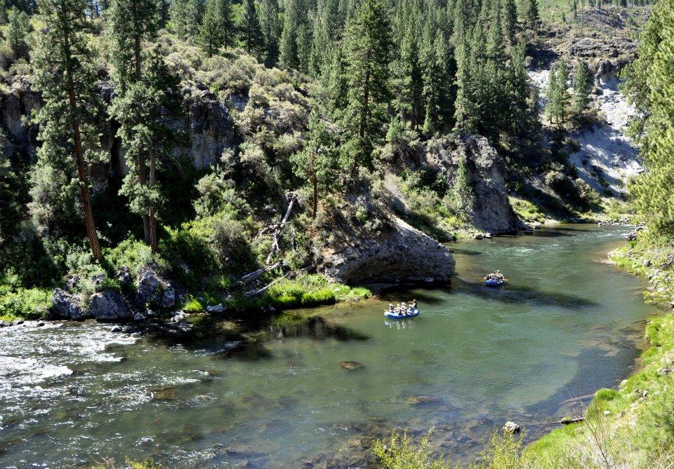 Truckee River: Boca to Floriston Run (Class III Whitewater)