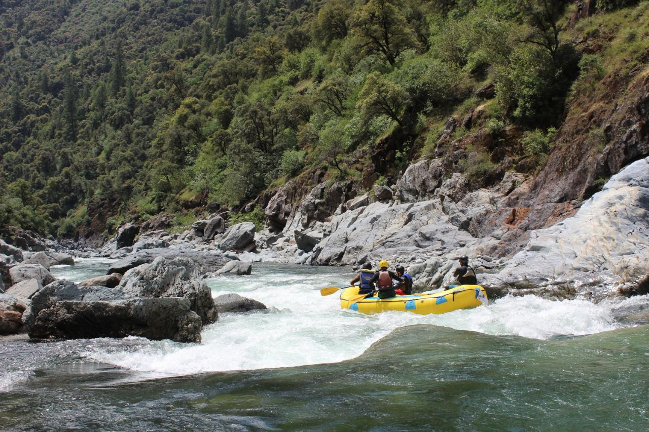 North Fork American River: Chamberlain Falls (Class IV+ Whitewater)