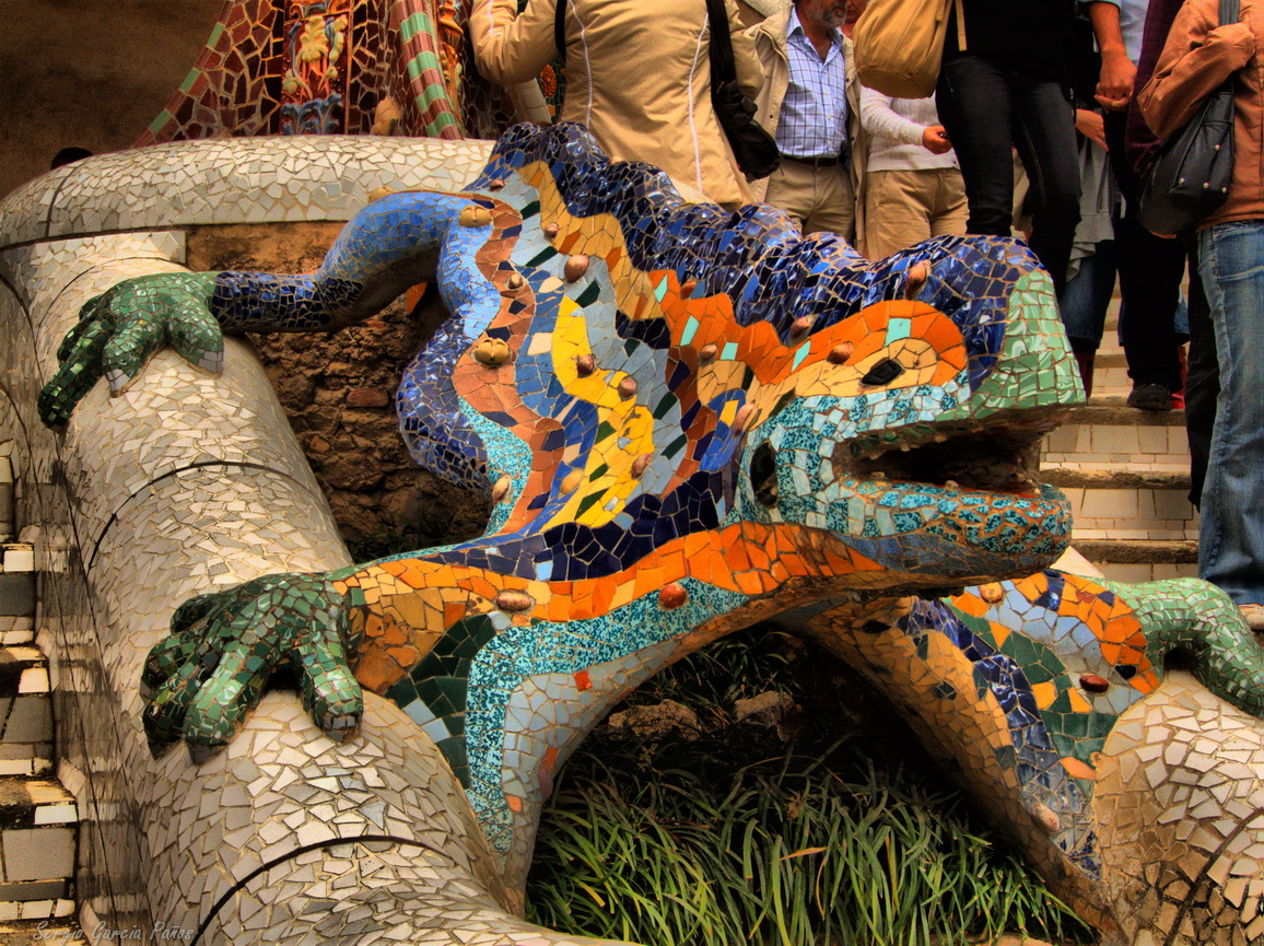 Gaudí - The Park Güell Tour