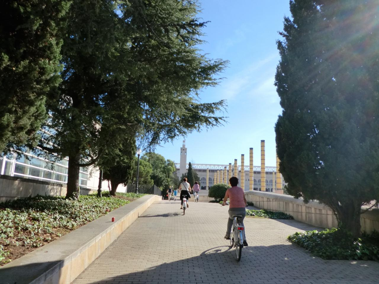 "Gotic & Bohemian Barcelona electric bike tour - Sparkling wine ""Cava"" INCLUDED - 2,5hrs"