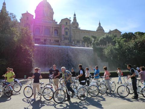 Barcelona electric bike tour: the Highlights - 4hrs