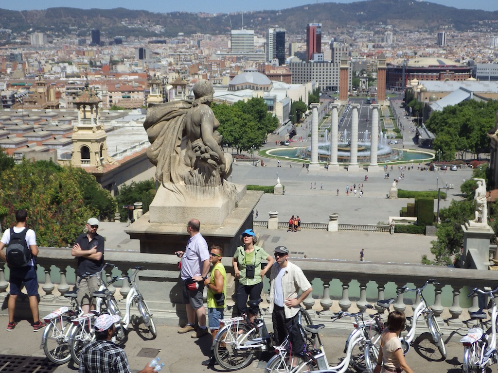 VIP 4H- Barcelona electric bike tour: the Highlights - 4hrs
