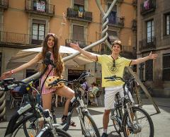Tapas, Walking and E-biking tour in Barcelona